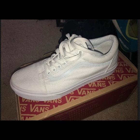 Vans Shoes | Old Skool True White Size